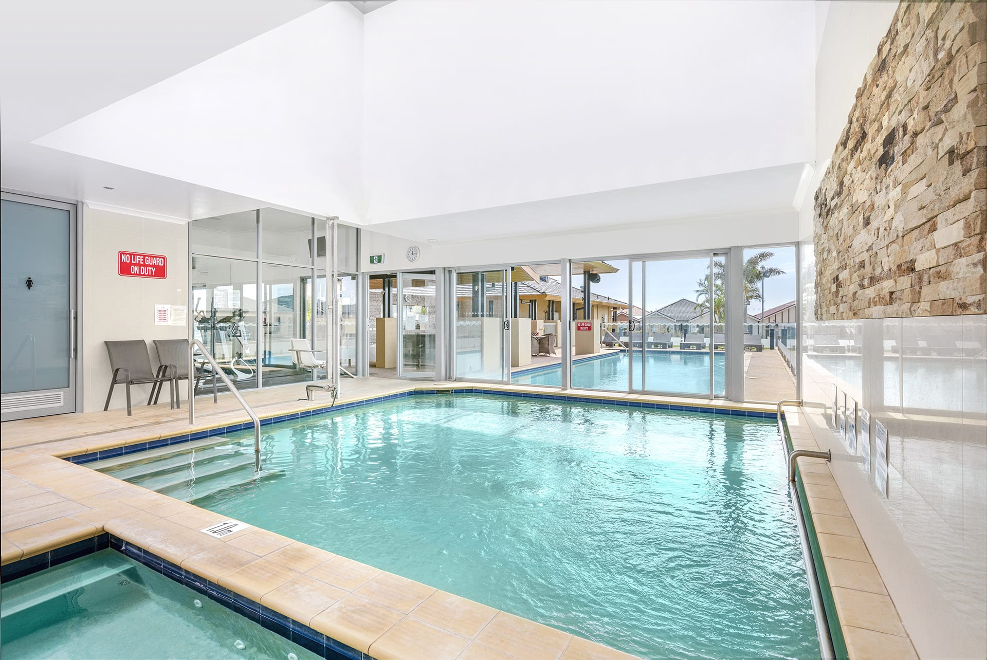 Resort style features swimming pool